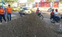 En la carrera 19 fueron recogidos gran cantidad de escombros tras la lluvia.