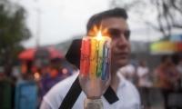 Orlando rinde tributo a las 49 víctimas de matanza.