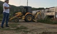 El gerente de proyectos de la Gobernación supervisa la demolición de predios en la doble calzada.