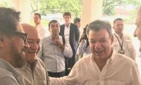 Un sonriente Presidente Santos cumple este martes el acto que en cualquier mandatario del país hubiera querido estar: la entrega de las armas de las Farc.