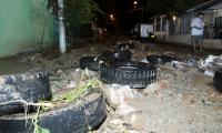 Llantas, neveras, colchones y basuras fueron retirados de las calles y rejillas de evacuación de agua.
