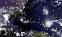 A esta hora el huracán avanza en dirección norte-noroeste a una velocidad de 24 kilómetros por hora .
