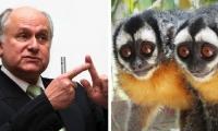 Manuel Elkin Patarroyo y dos ejemplares de monos nocturnos