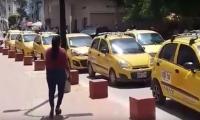 Los taxistas aseguran que si no reciben soluciones se irán a paro.