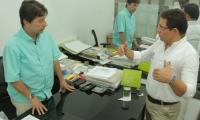El 25 de abril de 2017, el alcalde Rafael Martínez hizo una visita sorpresa a las curadurías urbanas.