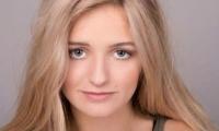 'Nicole' de 18 años
