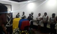 Velación del patrullero Yamit Rada en la funeraria Jardines de Paz.