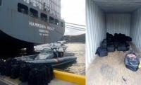Droga hallada por la Armada dentro de un contenedor que estaba en el barco.