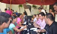 Cientos de samarios están interesados en mejorar sus viviendas.
