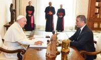 El presidente Iván Duque durante la visita en el Vaticano.