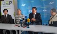 La presidenta de la JEP, Patricia Linares y el Fiscal General Néstor Humberto Martínez.