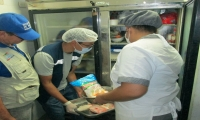 El restaurante Don Jaime presentaba condiciones deficientes de almacenamiento de alimentos.