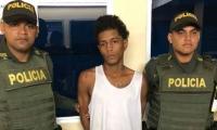 Elías Antonio Obregón fue capturado por la Policía tras ser señalado por la comunidad de matar a su hijastro de 3 años.