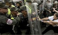 La Policía y los estudiantes se enfrentaron en un día especial para los universitarios.