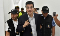 El exrector de Uniautónoma, Ramsés Vargas Lamadrid, al salir de la audiencia.