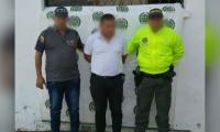Profesor capturado por, presuntamente, abusar de un estudiante en Sabanas de San Ángel.