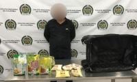 14 kilos de cocaína llevaba el pintor para España.