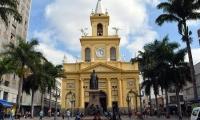 Un hombre abrió fuego el martes durante una misa en la Catedral Metropolitana de Campinas.