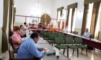 11 diputados participaron en la sesión.