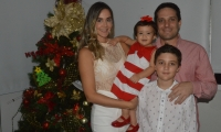 Camilo George, Erika Acosta, Jacobo y Emma