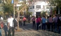 Funcionarios salieron del Palacio Tayrona.