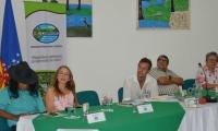 """Panelistas del conversatorio """"Humedales para un futuro urbano sostenible""""."""