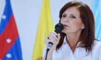 Rosa Cotes, gobernadora.