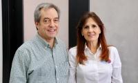 El funcionario del Dane, Mauricio Perfetti y la gobernadora del Magdalena, Rosa Cotes.