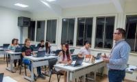adquirió la plataforma 'Amadeus', que permitirá a los estudiantes ampliar su oferta de formación profesional y las posibilidades de vinculación laboral, no solo en el país sino a nivel internacional, puesto que es una herramienta tecnológica de orden mundial.