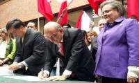 Humberto de la Calle, junto a Clara López, fórmula vicepresidencial.