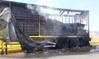 La mercancía que se transportaba resultó afectada.