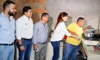 La Gobernadora visitó varios municipios del Sur, verificando que se preste el servicio de gas.