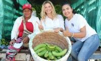 Rubén Jiménez resaltó el trabajo de la cuota femenina del partido Centro Democrático, Liane Saumet y Beatriz Polo, en la celebración del Día Internacional de la Mujer, quienes han recorrido el Magdalena para escuchar las necesidades de madres cabeza de familia y mujeres líderes de la región.