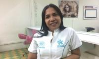 Angélica Delgado con su oficio ha logrado salir adelante.