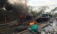 Accidente en la vía entre Aracataca y Tucurinca.
