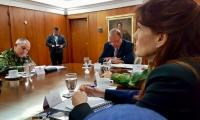 Gobernadora Rosa Cotes durante su visita al Ministro de Defensa.