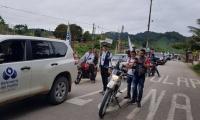 A la reunión asistieron centenares de ciudadanos que madrugaron hoy para hacer parte de una caravana.