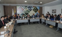 Aspecto de la reunión desarrollada junto al Minambiente y Mintransportes en Bogotá.