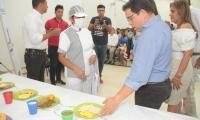 El alcalde Martínez supervisó la ración de los alimentos pautados en la minuta del Plan de Alimentación Escolar.