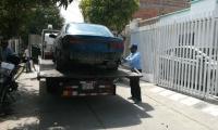 Los carros, en su mayoría, son retirados y trasladados a patios del Distrito.