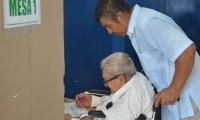 los adultos mayores respondieron masivamente al proceso electoral.