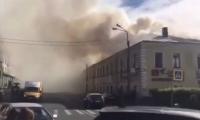Todos los visitantes y personal fueron evacuados del edificio nada más desatarse el incendio.