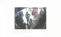 Momento del asalto que quedó grabado en video