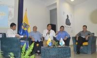 En el panel estuvo, además del rector Vera y el alcalde Martínez, el rector de la U. Sergio Arboleda, Alfredo Méndez, y el director de la Cámara de Comercio, César Riascos. Moderó Lucas Gutiérrez de Santa Marta Cómo Vamos.