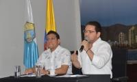 El alcalde Rafael Martínez y el secretario de Hacienda Distrital, Jorge Agudelo Apreza.