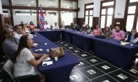 En la mesa de participación, que tuvo como sede el Salón Bolívar del Palacio Tayrona, se articularon diferentes entidades para disertar sobre la atención de los adolescentes que entran en conflicto con la ley penal.