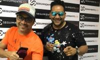 Wilfran Castillo y Horly  Ramírez durante su visita a Seguimiento.co