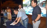 Firma del acta de compromiso de ejecución de las obras de recuperación del camellón Rodrigo de Bastidas.