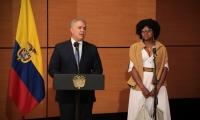 El presidente Iván Duque y la nueva ministra de Ciencia, Tecnología e Innovación, Mabel Torres.