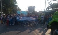 Estudiantes del IED 11 de Noviembre bloquean la Troncal del Caribe